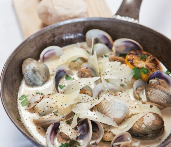 Cockles & Pipis in Champagne Cream sauce